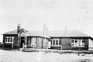 Altona Primary School No. 3923, taken about 1925
